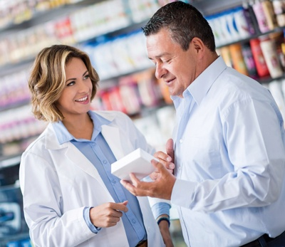 Pharmacist-Patient-Image